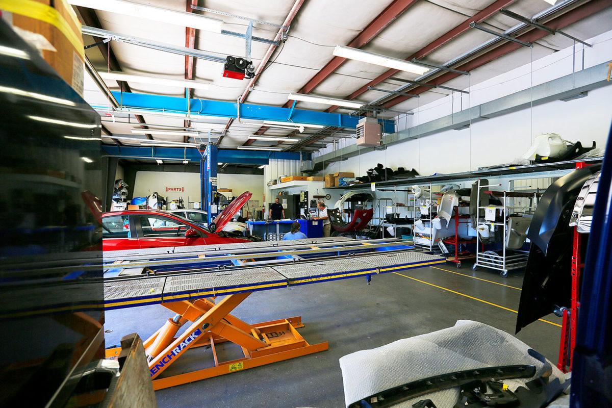 autobody shop car lift